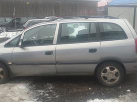 Opel Zafira. Automobilis parduodamas dalimis.