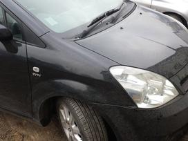 Toyota Corolla Verso dalimis. Oda , dvd