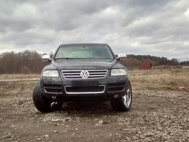 Volkswagen Touareg dalimis. Pneumatika, xenon