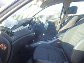 Renault Laguna dalimis. Dalis siunciu i visus
