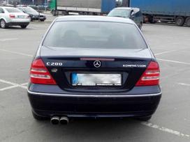 Mercedes-benz C klasė. Mercedes-benz c klasės