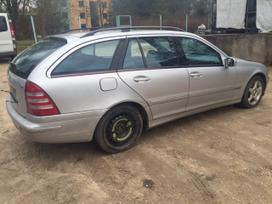 Mercedes-benz C220 dalimis. Galimas detalių