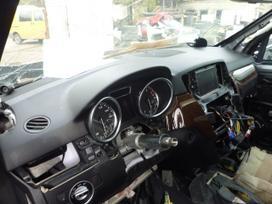 Mercedes-benz Ml klasė. Visas automobilis dalimis.