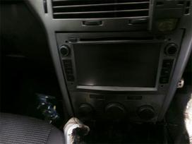 Opel Astra dalimis