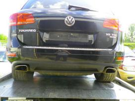 Volkswagen Touareg. Dalimis