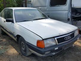 Audi 100 dalimis. Prekyba originaliomis