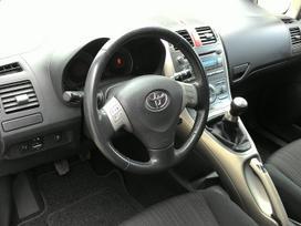 Toyota Auris, 1.6 l., hečbekas
