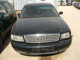 Audi A8. Automobilis parduodamas dalimis.