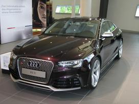 Audi Rs5. ! naujos originalios dalys !