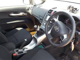 Toyota Auris. Auris 1.6 valve matic,galine