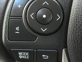 Toyota Auris, 2.0 l., universalas