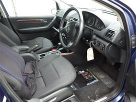 Mercedes-benz A160. Automatas, maza rida, dalimis
