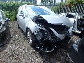 Opel Zafira. Angliskas automobilis