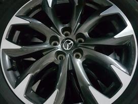 Mazda lengvojo lydinio R19