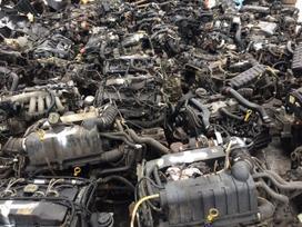 Toyota Yaris Verso. Tel 8-633 65075 detales