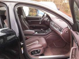 Audi A8 3.0 l. sedanas