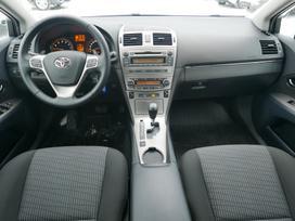 Toyota Avensis, 2.0 l., sedanas
