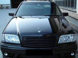 Mercedes-benz C klasė dalimis. Priekiniai