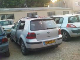 Volkswagen Golf dalimis. Iš prancūzijos.