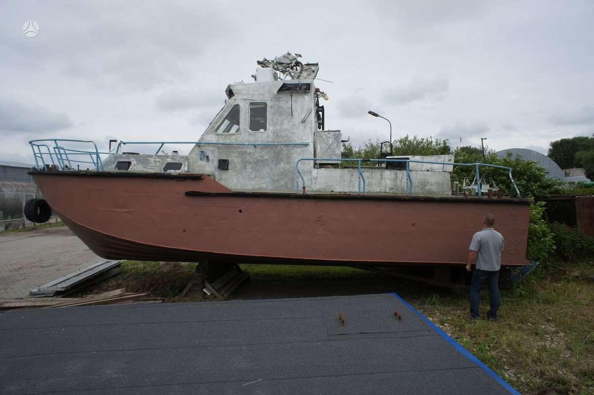 Laivas ŠKVAL, jachtos / kateriai