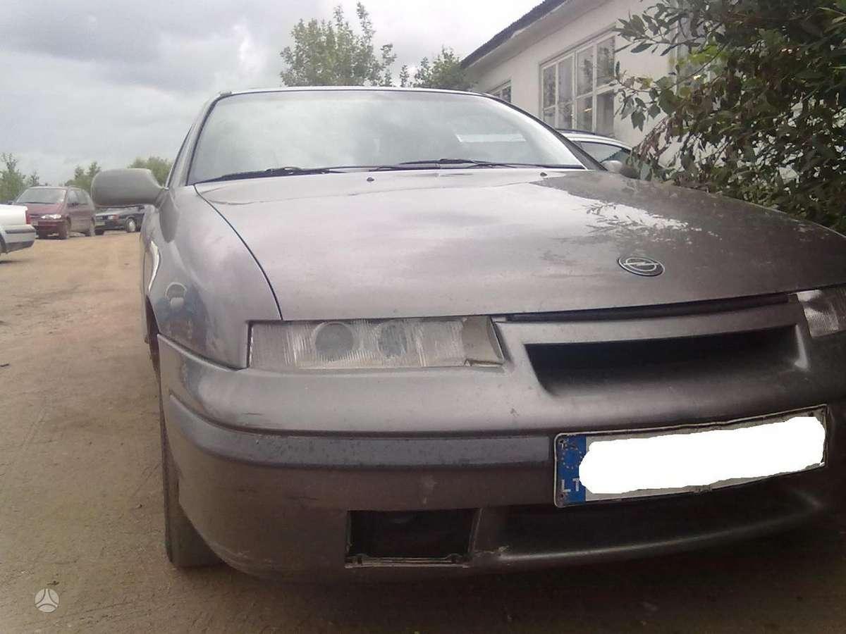 Opel Calibra dalimis. Superkame defektuotus automobilius euro