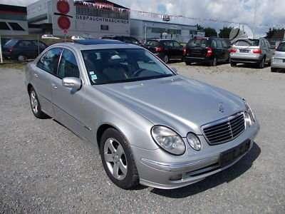 Mercedes-Benz E klasė dalimis. Turiu daugiau auto daliu. vezu