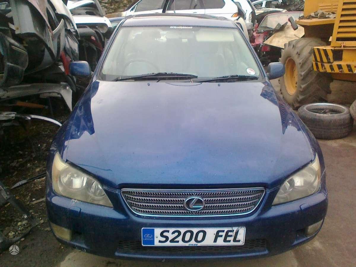 Lexus IS 200 dalimis. Lexus is200 2002 2.0l bendz automat 4_5d