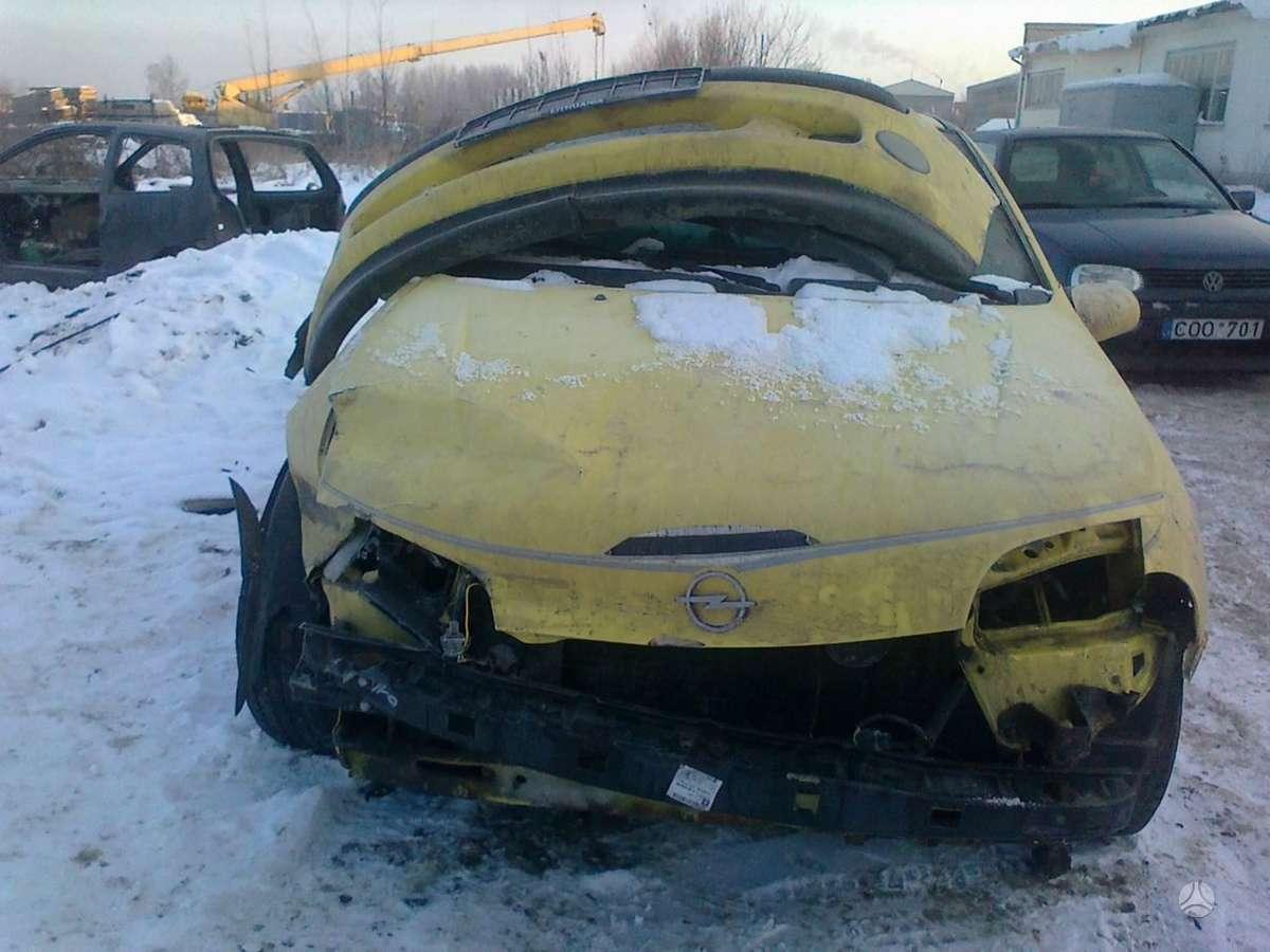 Opel Tigra dalimis. Dalimis - opel tigra 1997 1.4l 1389cm3 66kw