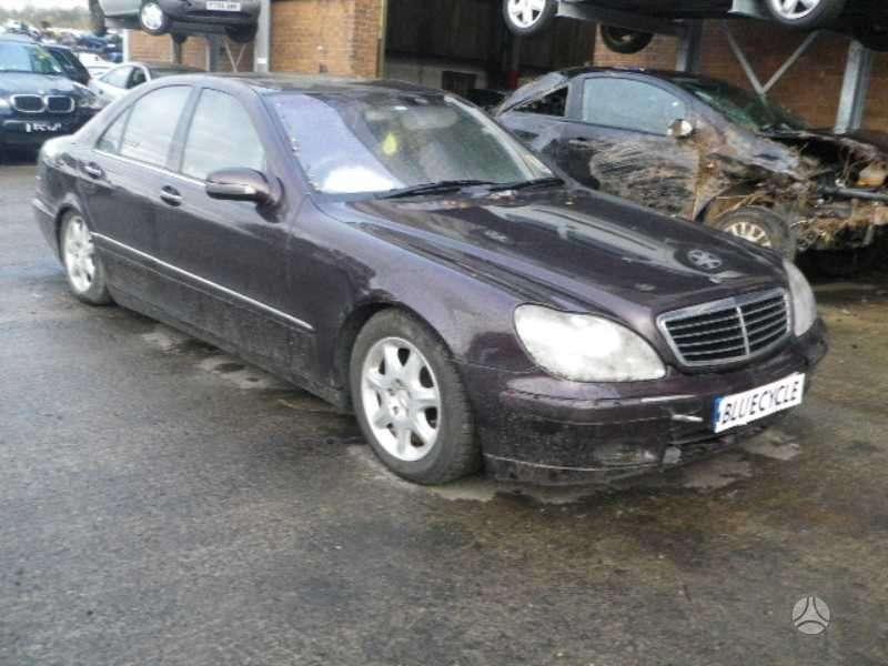 Mercedes-Benz S430 dalimis. Mersas  s 430 automatas is anglijos
