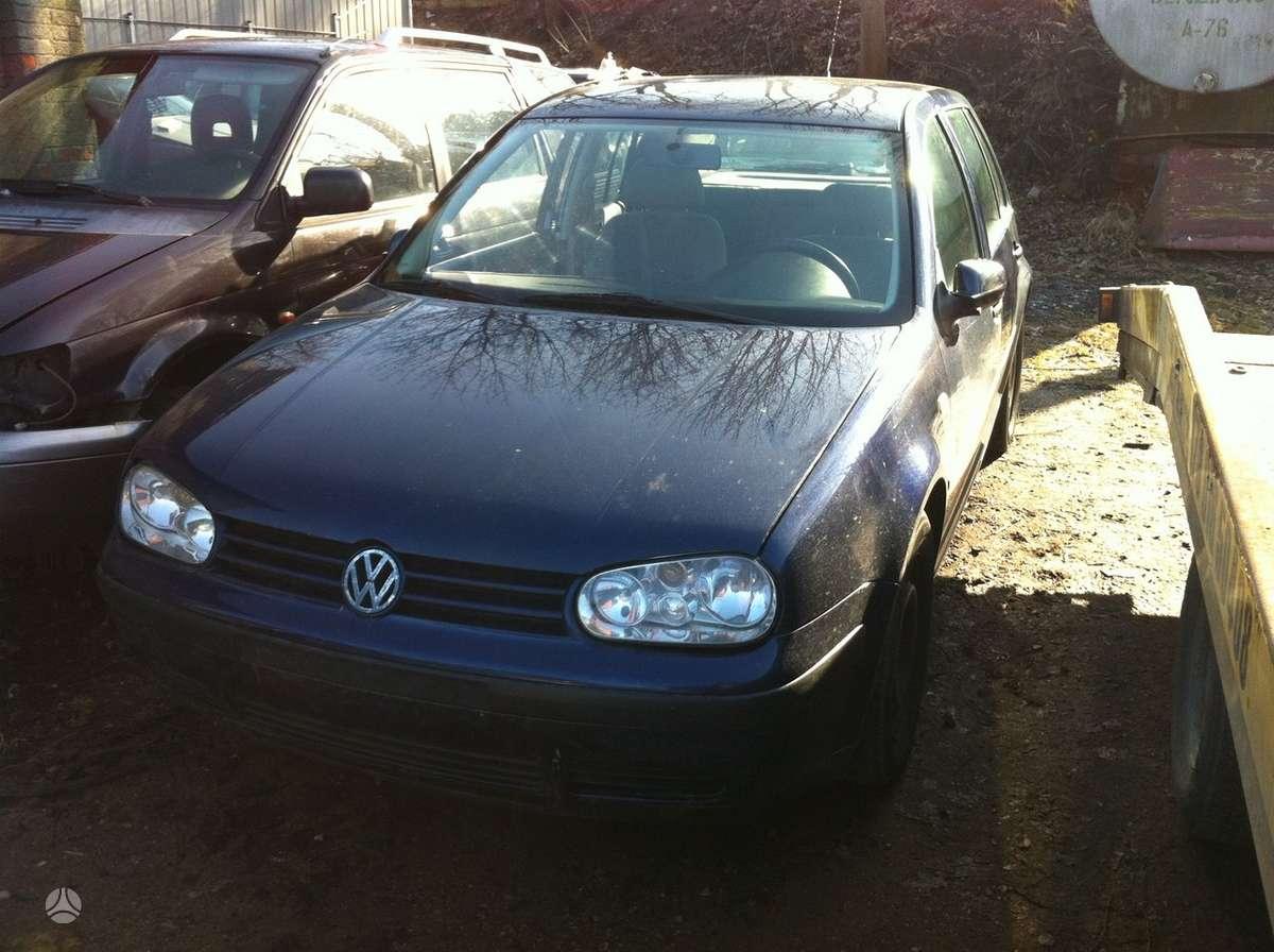 Volkswagen Golf. 1,6l ir 1,4l benzinai  naudotos automobiliu