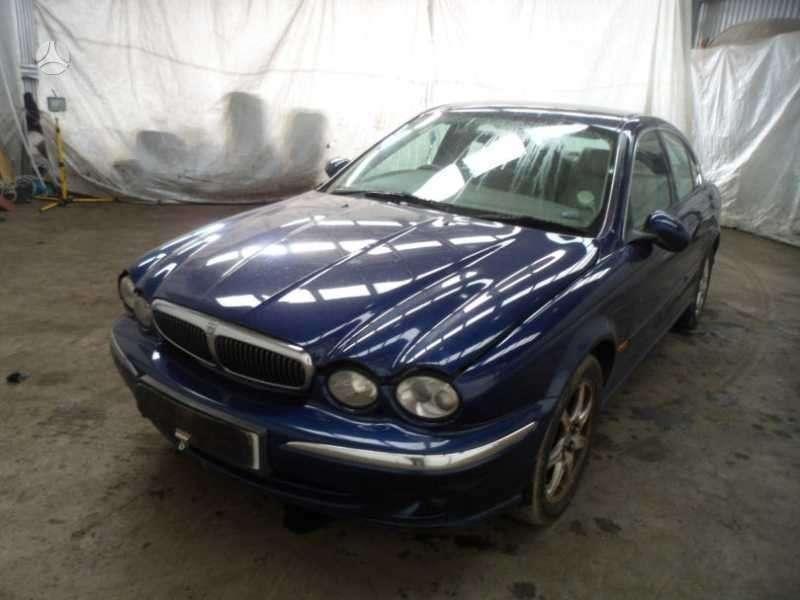 Jaguar X-Type. Vairas dešinėje  darbo laikas: i-v 9:00-17:00