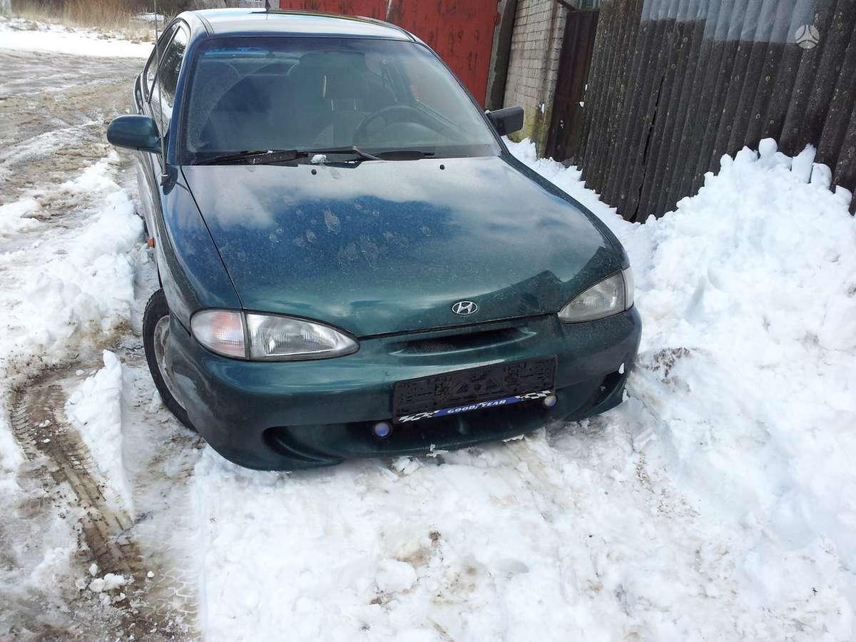 Hyundai Accent. Automobilis dalimis.1.3ltr,1.5ltr mechanika,