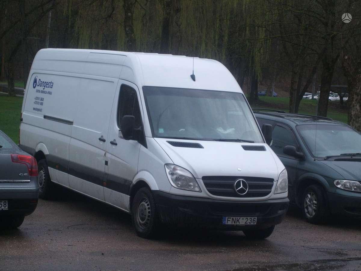 Mercedes-Benz Sprinter 318, krovininiai mikroautobusai