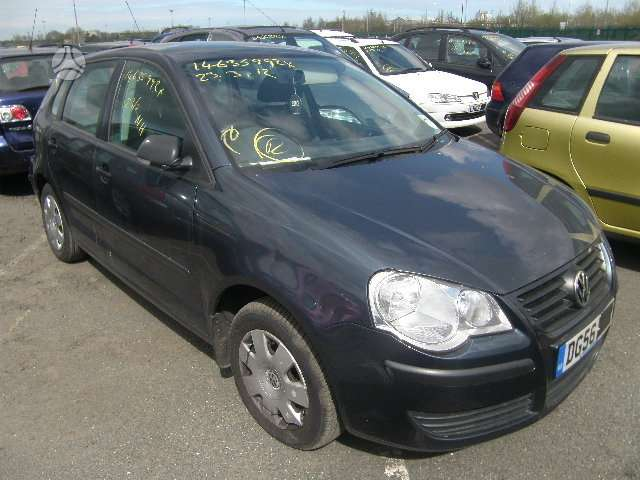 Volkswagen Polo dalimis. Polo angliskas rida 40tukst..variklis 1.