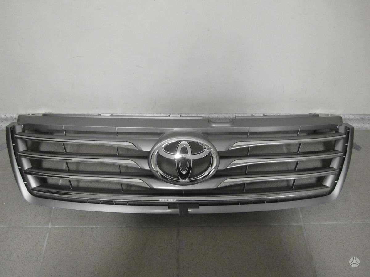 Toyota RAV4. Naudotos ir naujos japoniškų ir korėjietiškų