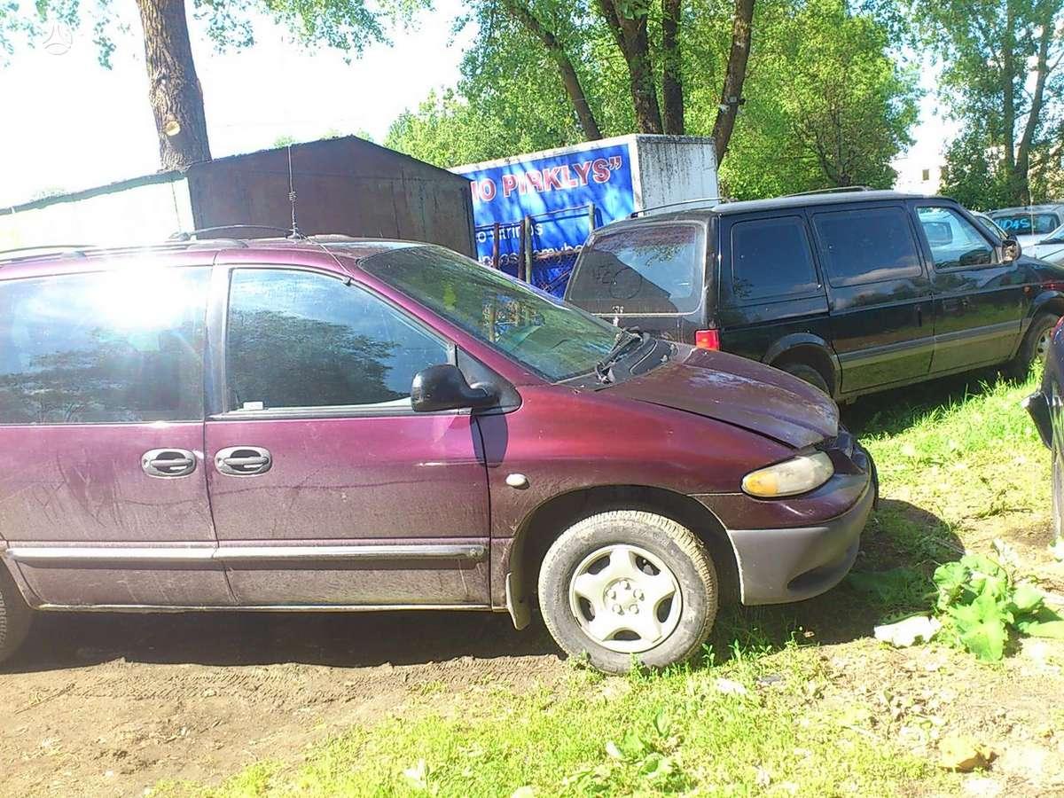 Dodge Caravan dalimis. Iš prancūzijos. esant galimybei,