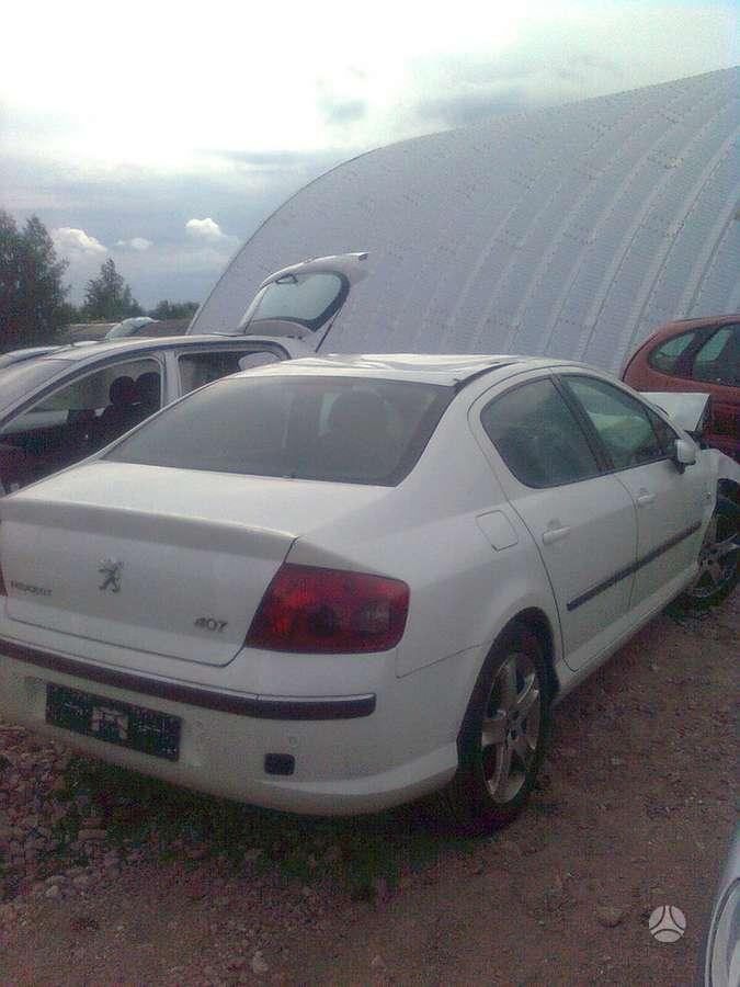 Peugeot 407 dalimis. Turime ivairiu prancuzisku automobiliu