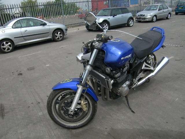 Suzuki GSX, klasikiniai / streetbike