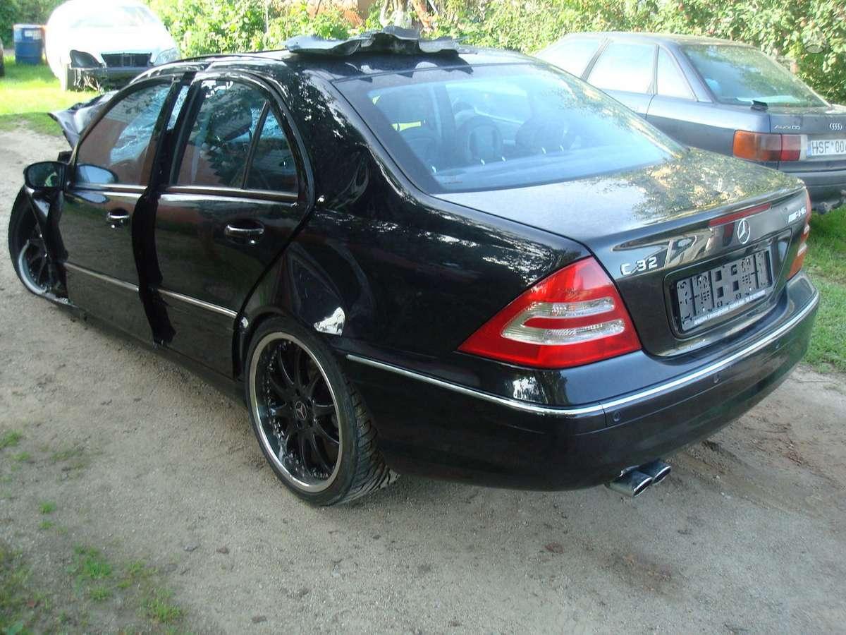Mercedes-Benz C32 AMG. Tikras europinis c32 v6 kompressor