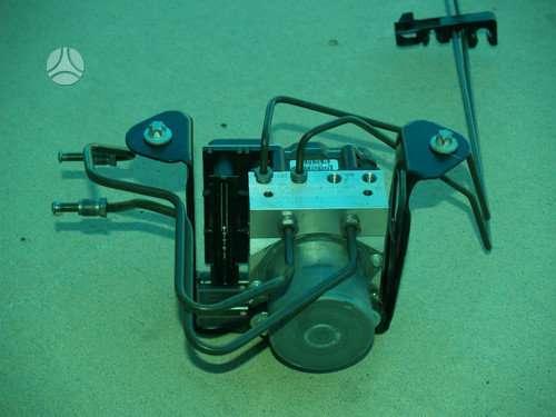 Smart Fortwo. Smart fortwo abs oem break fluid pump 2008-2011