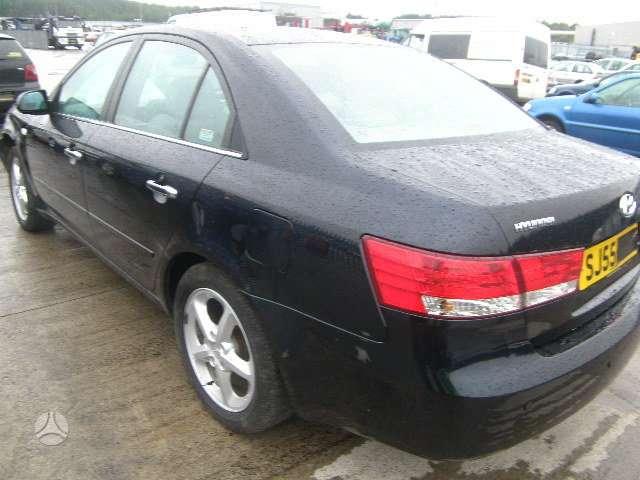 Hyundai Sonata dalimis. Is anglijos, 2.4l , maza rida,....tik