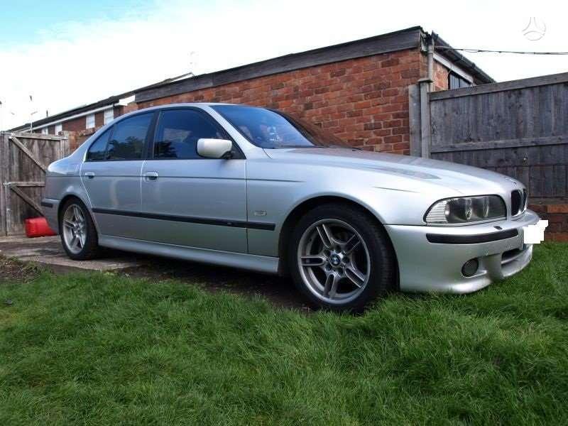 BMW 525. Pilnas m paketas m vairas juodos lubos r17 orginalus
