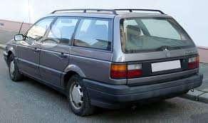 Volkswagen Passat dalimis. 1988-93m  1.6, 1.8, 2.0, 1.9d, 1.9td