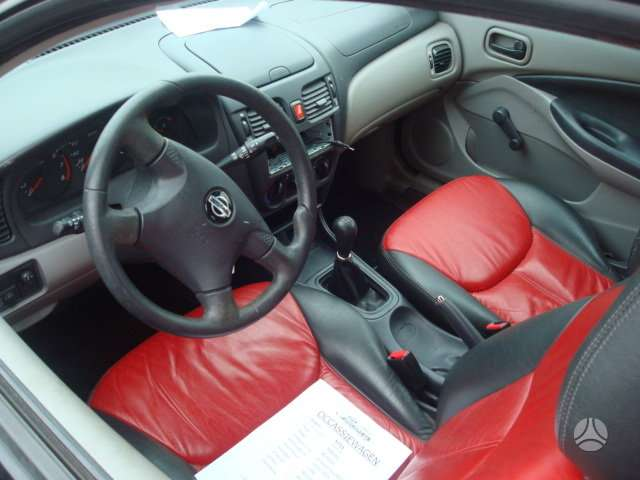 Nissan Almera. Europa galimas detalių pristatymas į kitus