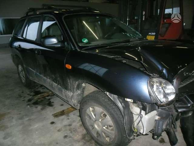 Hyundai Santa Fe. Turime ir 2000 l