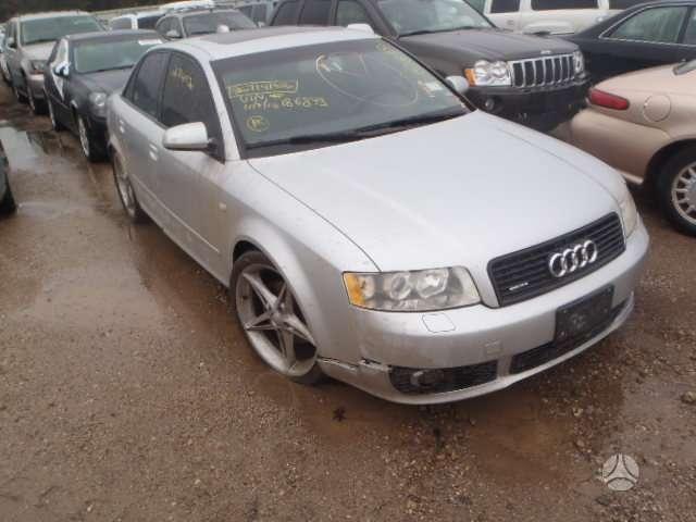 Audi A4. Varikls   amb  . deze   raides gze .  automobilis