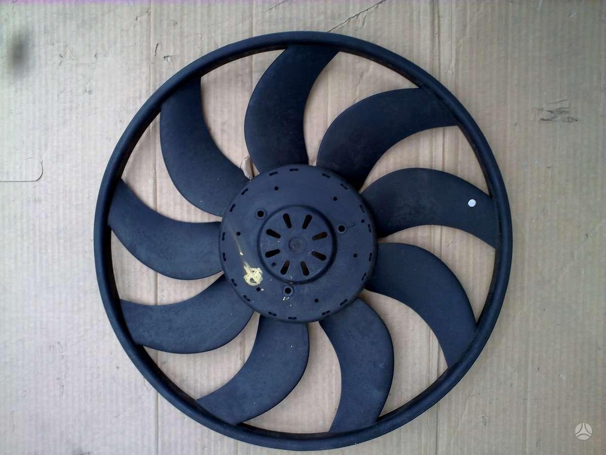BMW X3 ventiliatorius