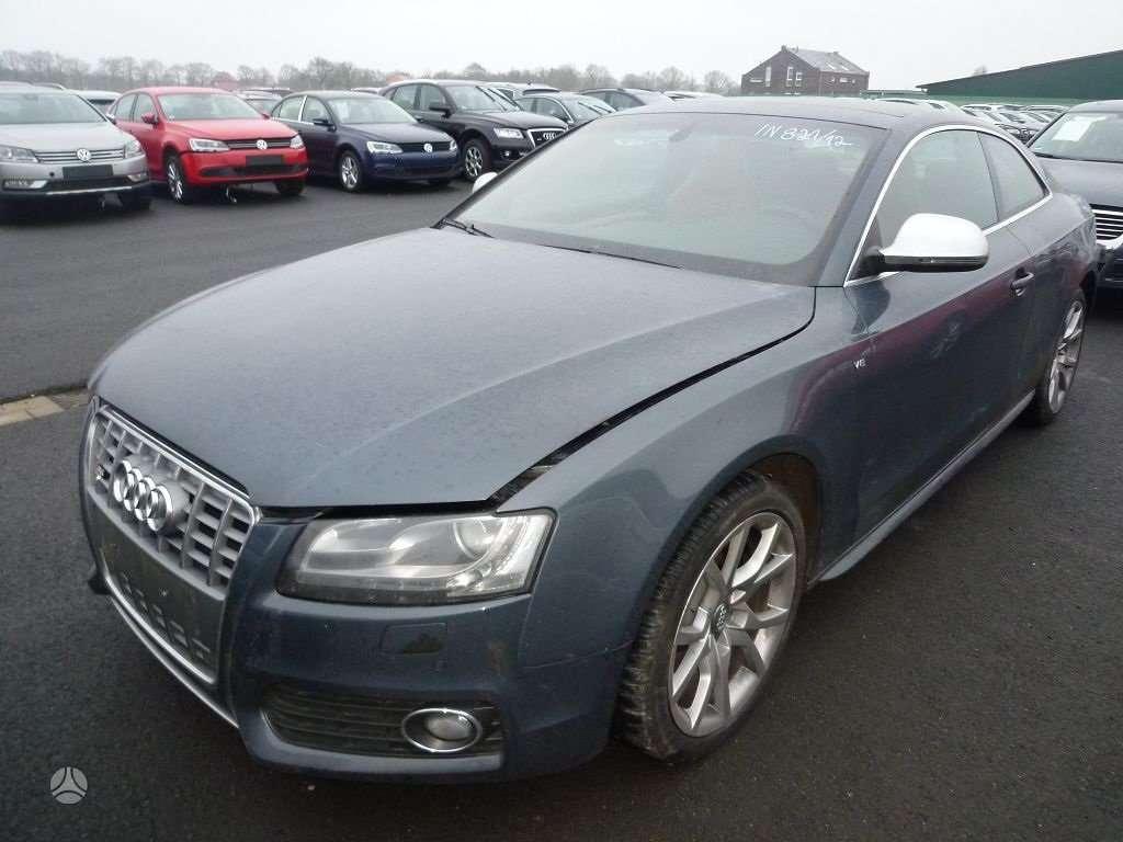 Audi S5. Automobilis dalimis