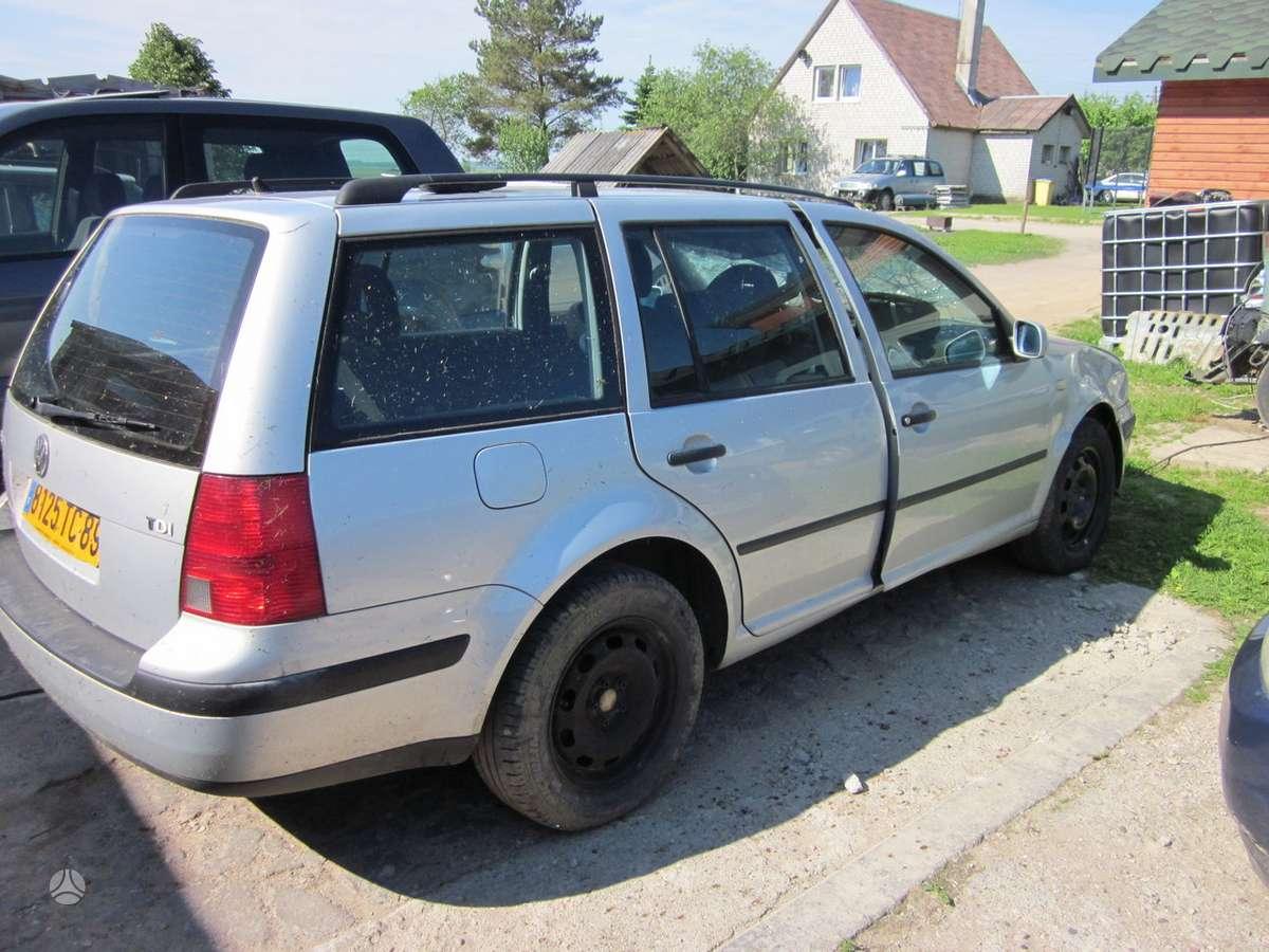 Volkswagen Bora. Yra daugiau ardomu auto yra  variklis ir