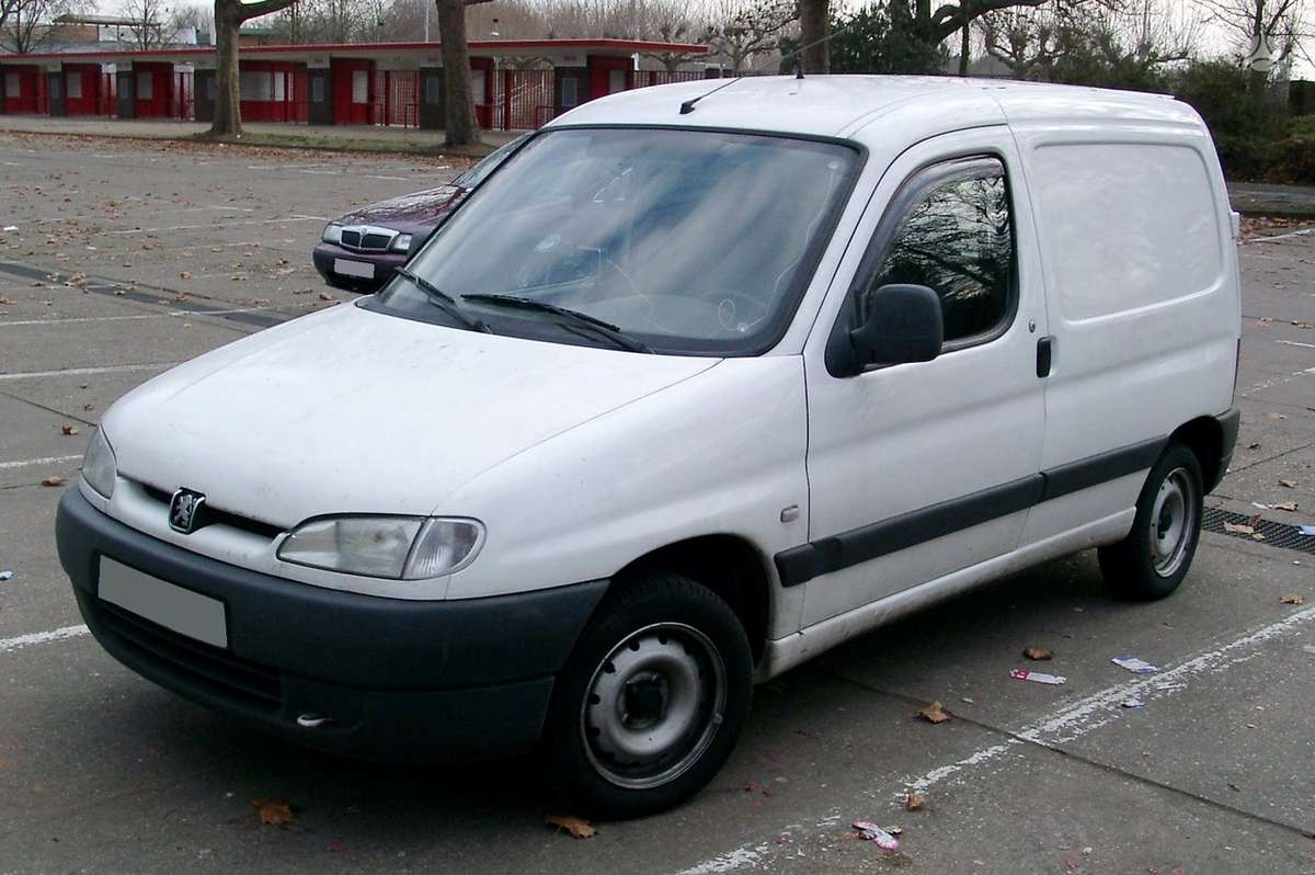 Peugeot Partner. Dyzel dalimis